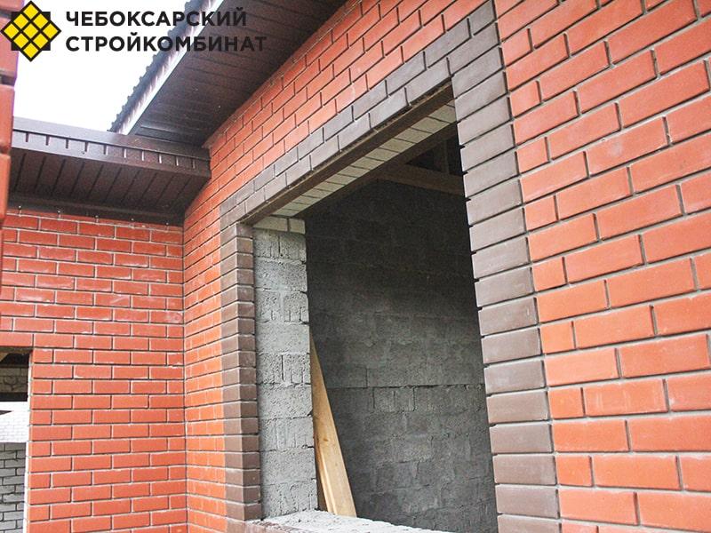 Облицовка в доме из керамзитных блоков